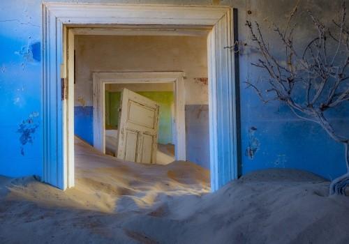 Kolmanskop Cover